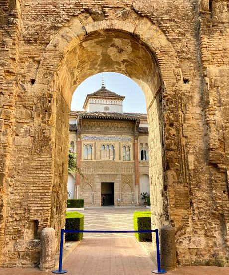 La curiosa fecha del Alcázar del Rey Don Pedro.
