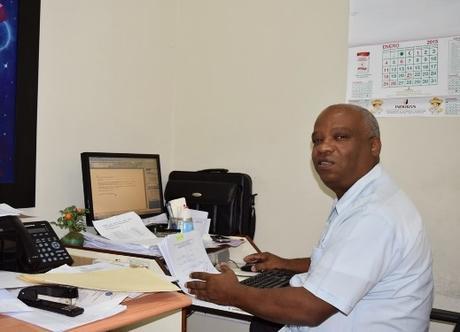 Dieron de alta a Luis Urbaez, Dr. Registro UASD- Barahona.