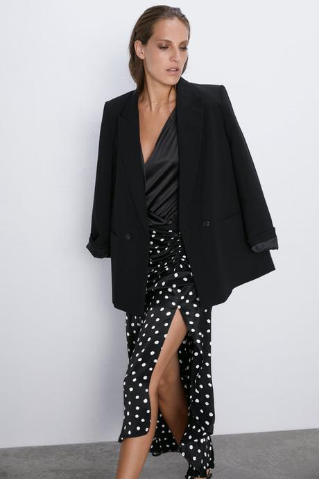 Falda Roja Lunares Zara
