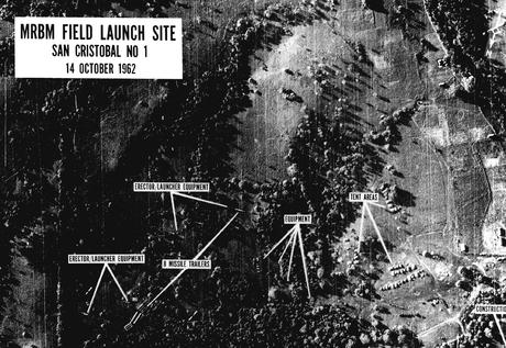 La guerra nuclear estuvo más cerca de lo que se creía en la Crisis de los  misiles | Materia