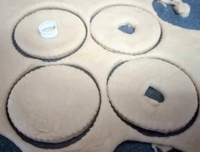 Donuts caseros esponjosos.