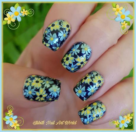Flores celestes y amarillas con anillo a juego