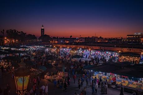 Jemaa el Fna. La plaza de las mil y una noches