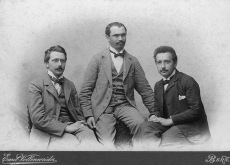 Dostoievsky y Einstein: la historia que no ocurrió pero que hubiéramos deseado que pasara