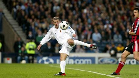 Zidane, otro de los entrenadores que jugaron en los equipos a los que entrenan
