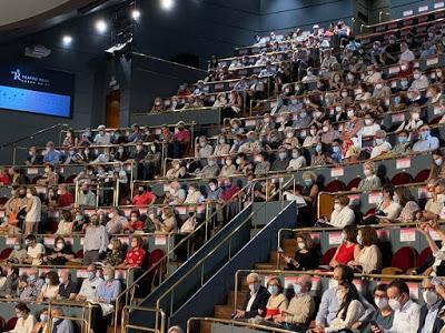 Las iglesias de Madrid deberán reducir menos su aforo que los cines y los teatros.