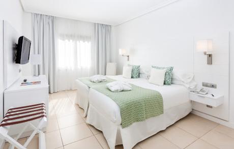 Landmar Costa los Gigantes Hotel - Marilyn's Closet
