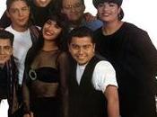 Selena Dinos Elenco 'Selena… ¡Vive!' Como flor