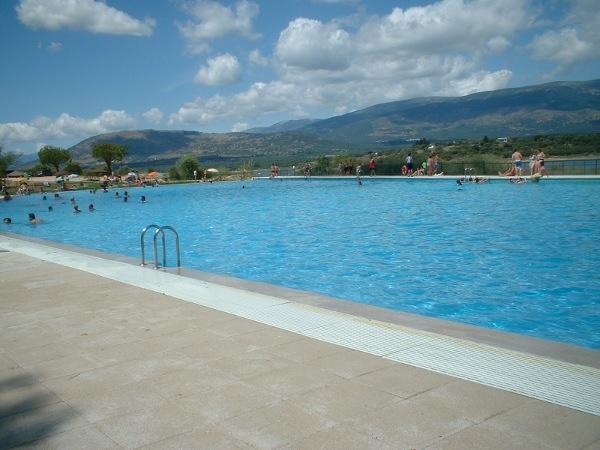 Las mejores piscinas de madrid paperblog for Piscinas madrid