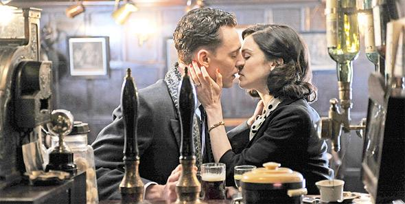 Primeras imágenes de Rachel Weisz y Tom Hiddleston en The Deep Blue Sea
