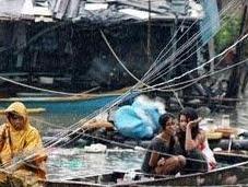 Tormenta deja menos muertos Filipinas