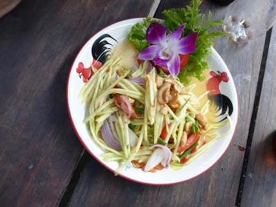 Som Tam, ensalada de papaya, gastronomía thai, Tailandia, La vuelta al mundo de Asun y Ricardo, vuelta al mundo, round the world, mundoporlibre.com