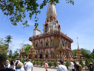 Templo Wat Chalong, Phuket, Tailandia, La vuelta al mundo de Asun y Ricardo, vuelta al mundo, round the world, mundoporlibre.com