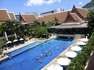 Hotel Deevana Patong Resort, Patong, Phuket, Tailandia, La vuelta al mundo de Asun y Ricardo, vuelta al mundo, round the world, mundoporlibre.com