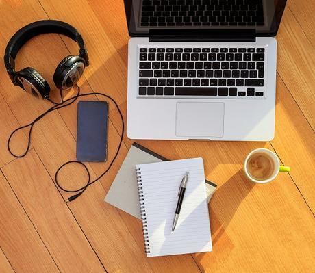 Oficina en casa para trabajar de manera remota.