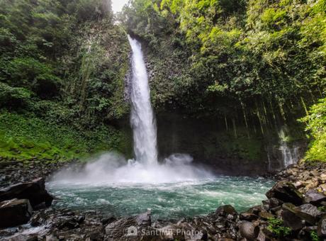 De fotohiking por Costa Rica: La Catarata Río Fortuna