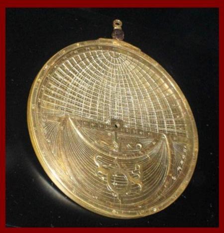 """Instantánea sobre """"Astrolabios universales de rejilla"""""""