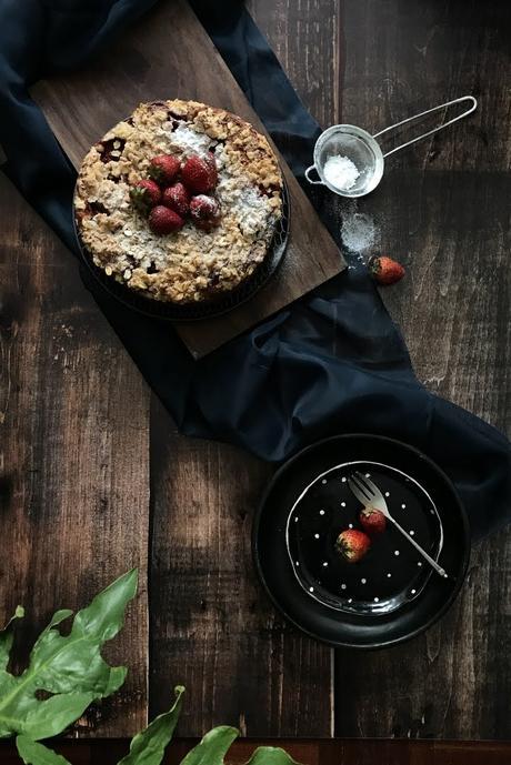 food-photography-maru-aveledo-coffee-cake-ricotta-strawberry-fresa