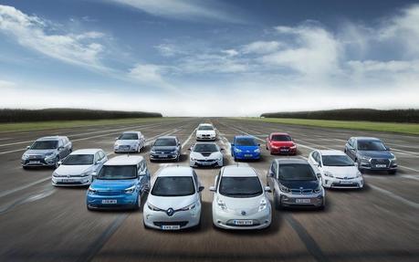 Cada vez son más frecuentes los anuncios de coches eléctricos