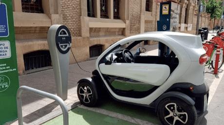 ¿Por qué vemos ahora tantos anuncios de coches eléctricos?