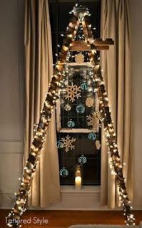 Convierte tu escalera en un árbol navideño hermoso