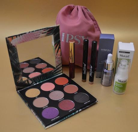 """IPSY Glam Bag Plus """"The Future Is Yours"""" de Agosto 2020"""