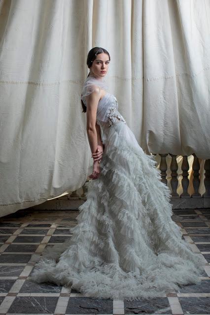 La colección de vestidos de novia y fiesta 2021 de Marco & María se dirige a las mujeres más románticas, femeninas y soñadoras