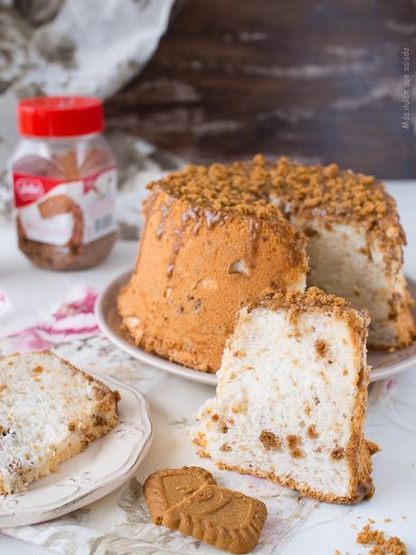 Speculoos Angel Food Cake
