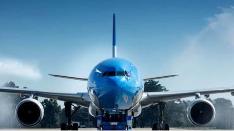 Llegaron los primeros vuelos regulares a Córdoba