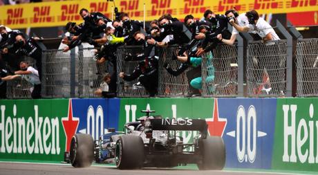 Con su victoria en el GP de Portugal Lewis Hamilton se convirtió en el piloto más ganador de la Fórmula 1