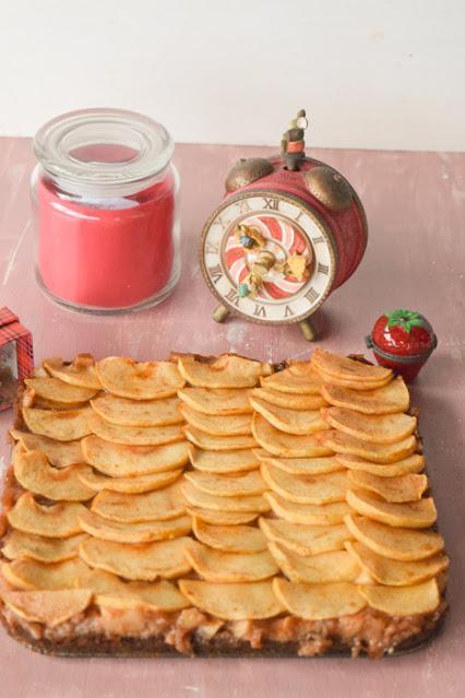 Tarta Vegana de Manzana y Canela