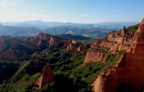 Cinco rutas para descubrir El Bierzo, en León