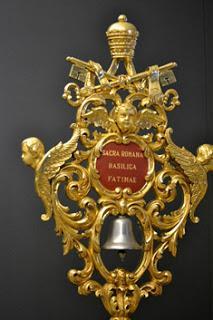 Heráldica basílicas menores