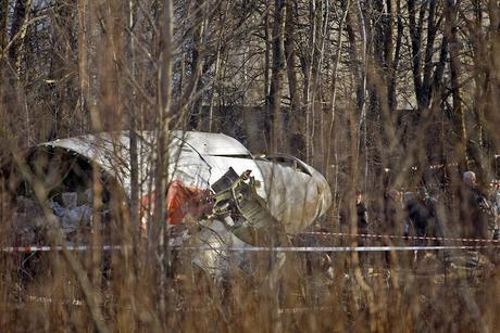 Rusos y polacos se acusan mutuamente de la catástrofe de Smolensk