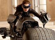 Primera imagen Anne Hathaway como Gatubela