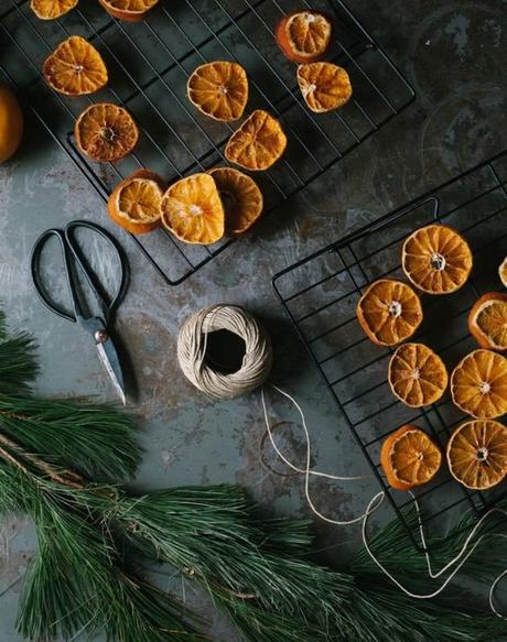 8 Ideas para decorar en Navidad con naranjas secas