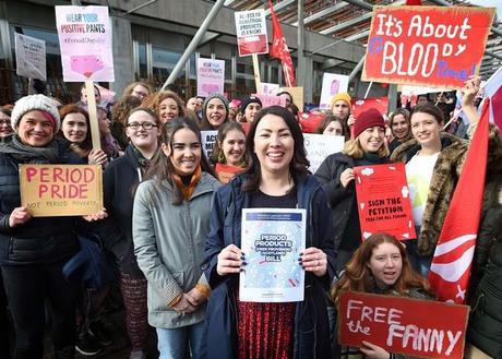 Escocia es el primer país en ofrecer productos menstruales gratuitos