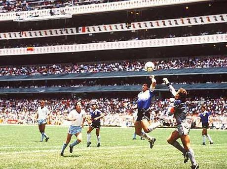 El famoso gol de dios ante los ingleses.