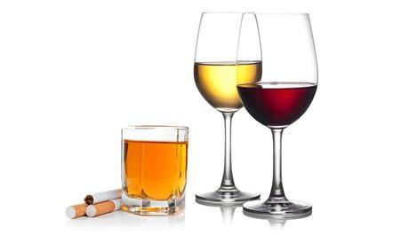 Alcohol y cigarrillos