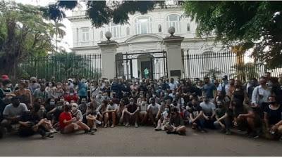 Cuba: tráguense el golpe