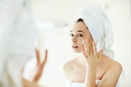 Cómo cuidar la piel tras el uso de mascarillas