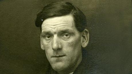 John Priest, un hombre con suerte
