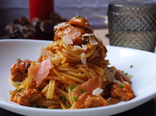 Spaguettis salmón ahumado mejillones