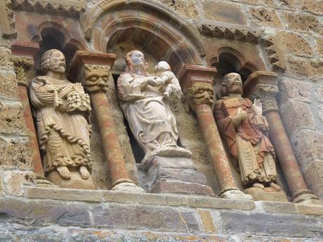 De Potes a Piasca: entre montañas e iglesias románicas