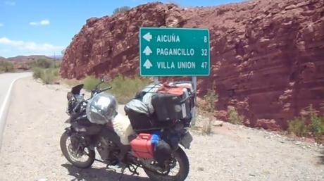El gran viaje de la ruta 40 en moto de norte a sur: la séptima etapa recorriendo la espectacular Cuesta de Miranda.