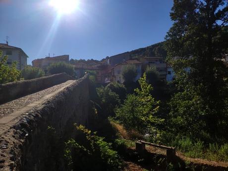 puente-medieval-arenas-sanpedro