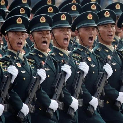 Xi Jinping, cogió su fusil..