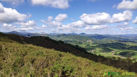 Vista hacia Peña Manteca desde el Pico Lloe