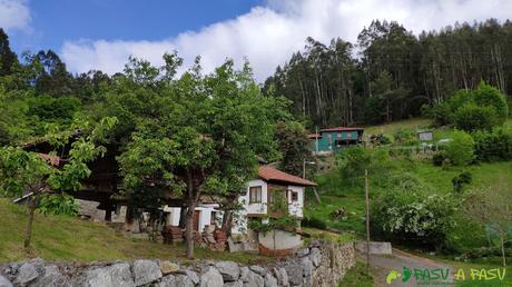 Últimas casas de Villarín, Trubia