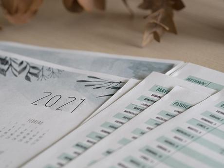 Descargable Planificador familiar + calendario 2021_11